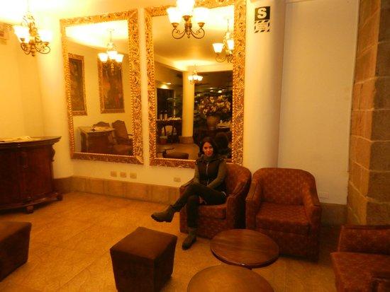 Terra Andina Colonial Mansion : Lobby