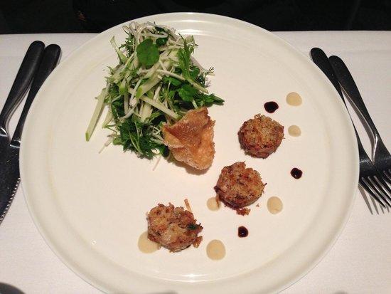 Chill Dining & Wine Bar: Sous-Vide Pork Cheek... AMAZING!!!