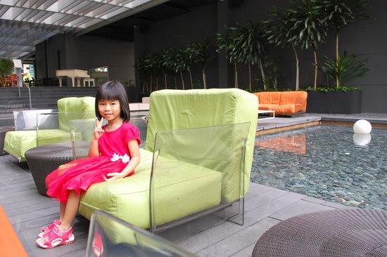 Studio M Hotel: Swimming area