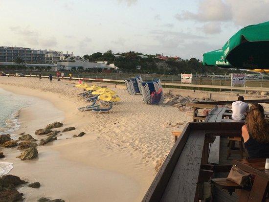 Sunset Beach Bar : Moho Beach