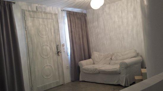 Rocabella Santorini Hotel & Spa: Hotel room