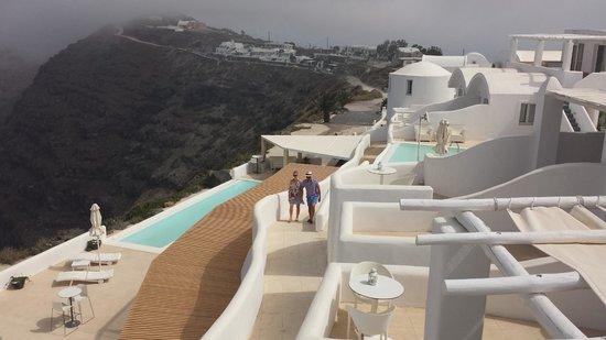 Rocabella Santorini Hotel & Spa: Infinity Pools
