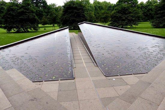 Canada Memorial at Green Park (3)