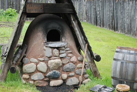 Grand Portage National Monument: Outdoor oven