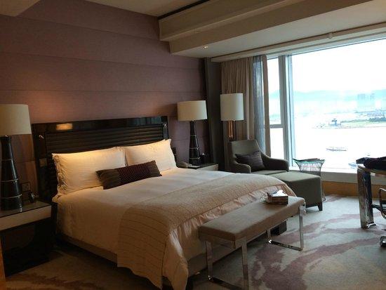 Four Seasons Hotel Hong Kong: Room