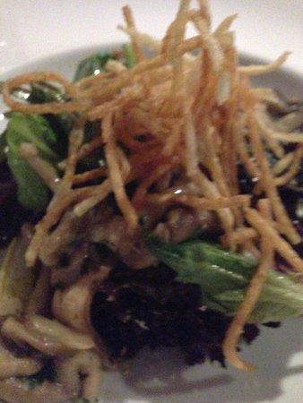 Rim Rock Cafe & Oyster Bar : wild mushroom salad