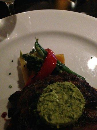 Rim Rock Cafe & Oyster Bar : steak