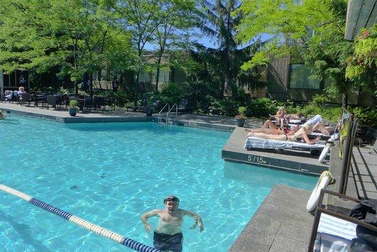 Hotel Bonaventure Montreal : Pool