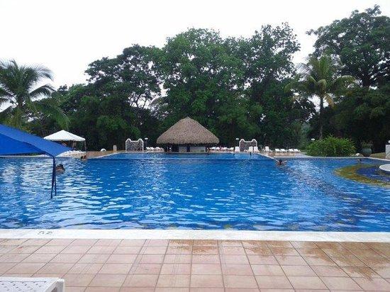 Melia Panama Canal: El área de piscinas