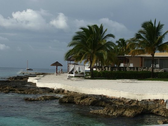 Presidente Inter-Continental Cozumel Resort & Spa : Loved the beach bed!