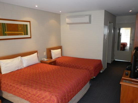 Outback Pioneer Hotel & Lodge, Ayers Rock Resort : Room