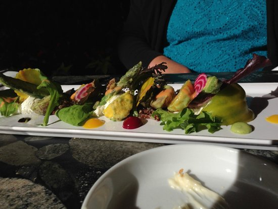 Araxi Restaurant & Oyster Bar : salad