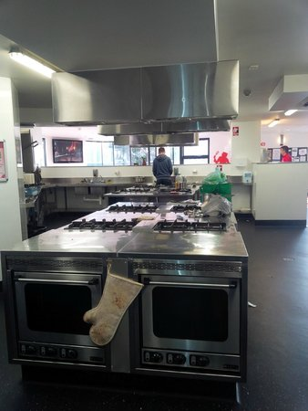 Space Hotel: Kitchen