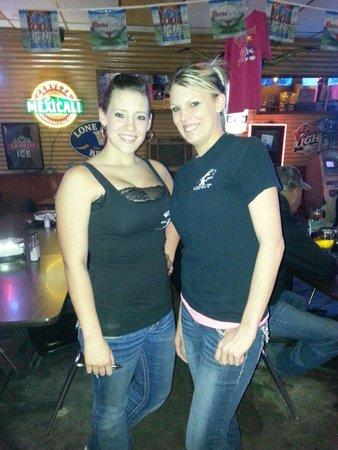 Woody's: Best Bartenders in Texas!