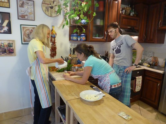 Culinary Hungary Home Cooking Class and Market Tour: Agi and Andrew