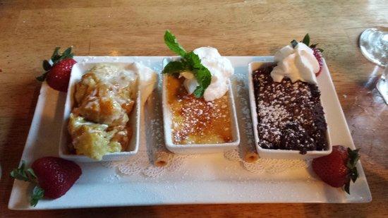 Twin Owls Steakhouse: Desert trio-yum!