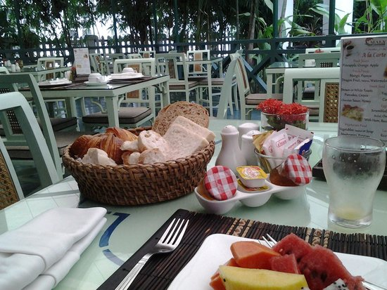Villa Maly: breakfast