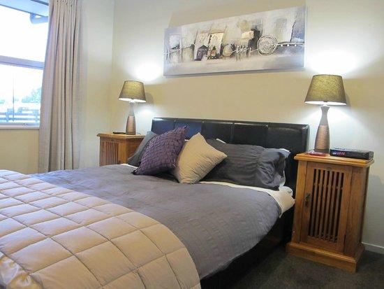Halkett Grove Bed And Breakfast: Guest Bedroom