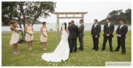 Waiwurrie Coastal Farm Lodge: weddings