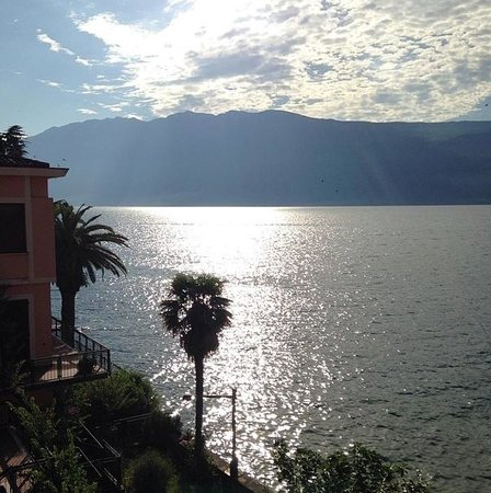 Hotel Gardenia al Lago: View from room