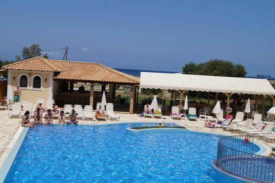 Strofades Beach Hotel: Basen