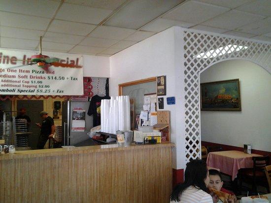 Tony's Pizza: Interior view of Tony's