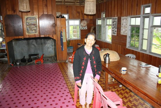 The Ngimat Ayu House Bario: Apoi's mum