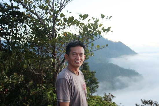 The Ngimat Ayu House Bario: Scott Apoi - man who runs the place!