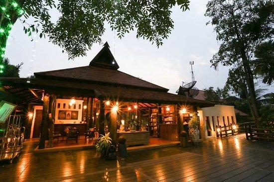 Horizon Village & Resort : Hotel Lobby