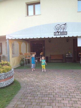 Ca' del Bosco: Entrance to Restaurant