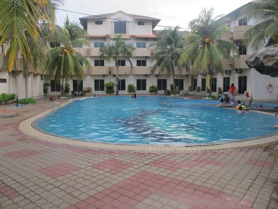 Rompin Beach Resort 33 39