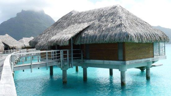 InterContinental Bora Bora Resort & Thalasso Spa : Our bungalow, #116