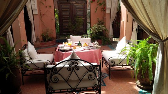 Riad Mazal : Morning breakfast