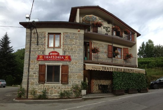 Trattoria Bonini: Outside
