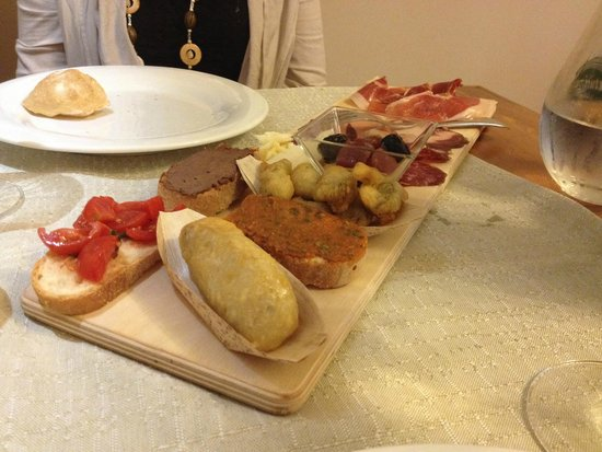 Trattoria Bonini: Local meats
