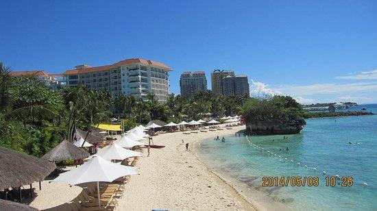 Shangri-La's Mactan Resort & Spa: プライベートビーチ