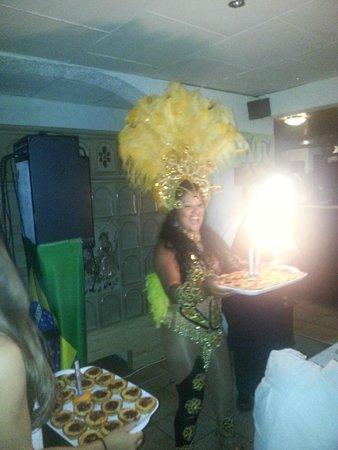Le Patio Portugais : le gateau d'anniversaire