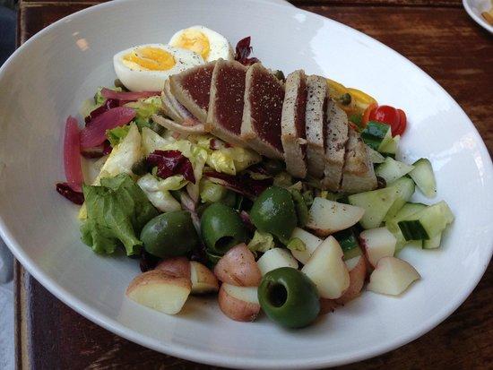 Luka's Taproom & Lounge: Ahi Tuna Salad