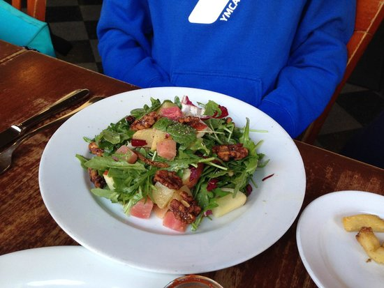 Luka's Taproom & Lounge: Beet and apple salad
