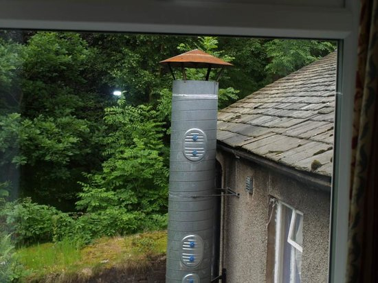 The Patterdale Hotel: Noisy extractor from room window