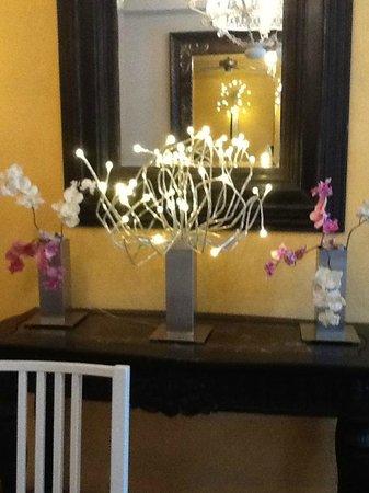 Casa Naemie: salle de déjeuner