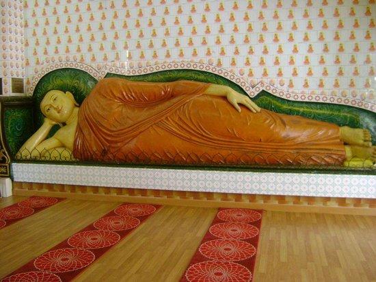 Little India - Kuala Lumpur Reclining Buddha at Buddhist Maha Vihara & Reclining Buddha at Buddhist Maha Vihara - Picture of Little India ... islam-shia.org