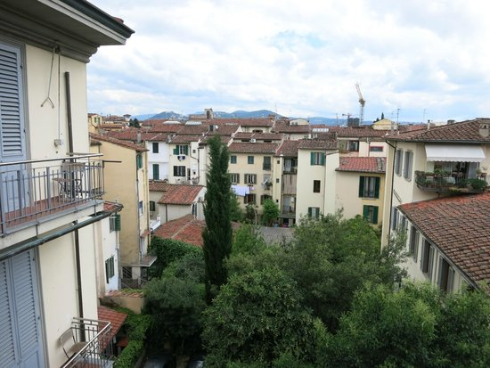 Hotel Palazzo Vecchio : Вид с балкона номера 3-го этажа