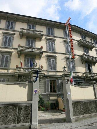 Hotel Palazzo Vecchio : Вход в отель