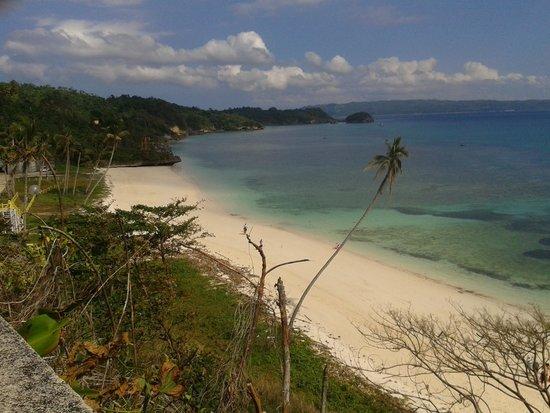 Yapak Beach (Puka Shell Beach): BORACAY ISLAND