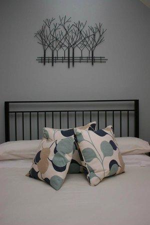 St.Bernards Guesthouse: Bedroom 6