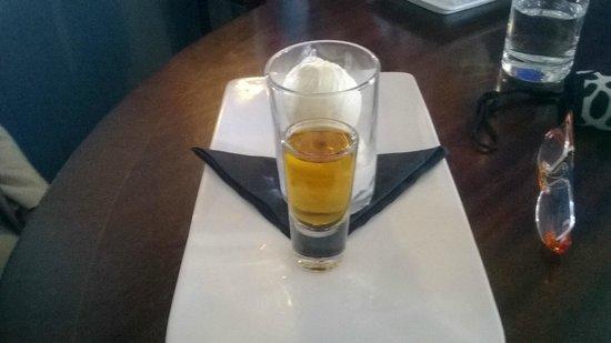 The Holcombe Inn: drambuie and ice cream