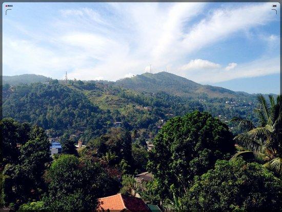 Hantana Range View: balcony view
