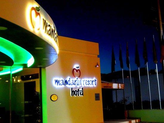 Mandarin Resort: Wejście
