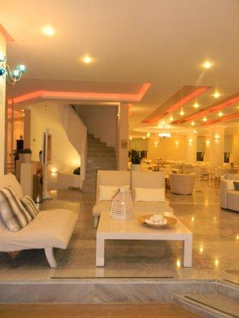 Nefeli Hotel : L'accueil